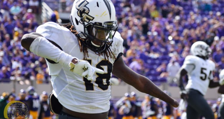 One Handed Ucf Lb Shaquem Griffin S Skill Proves Doubters Wrong