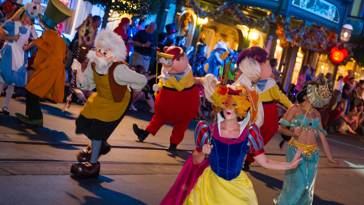 Disney releases dates for Halloween and Christmas parties ...