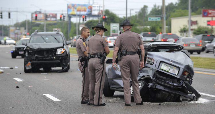 Vehicle crashes increase on I-4 near Volcano Bay - Orlando