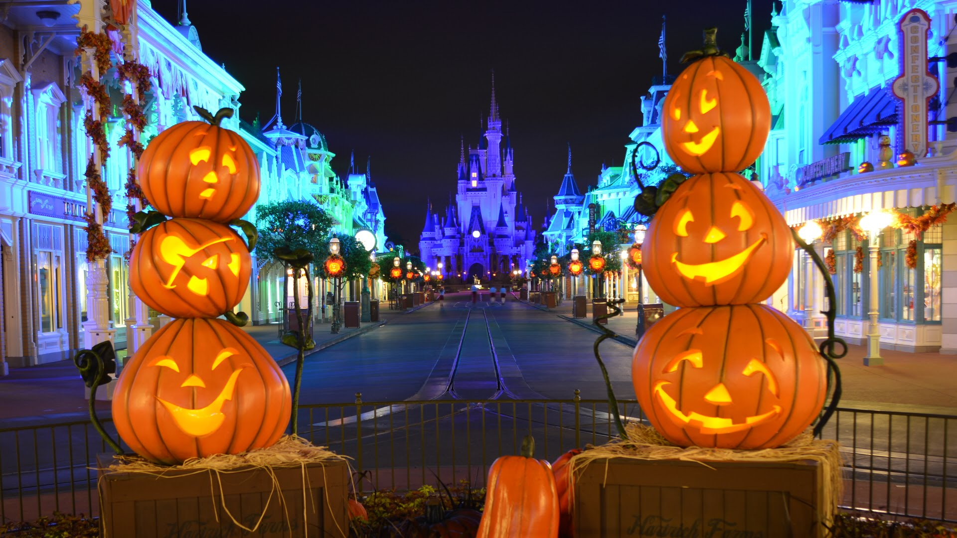 Disney launches its earliest ever halloween party tonight - Disney halloween images ...